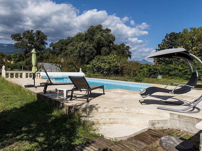 Maison, piscine, havre de paix, location de vacances à Prunelli-di-Fiumorbo