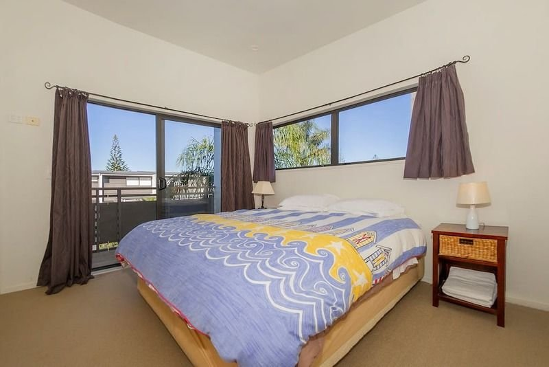 Two bedroom apartment with pool views, holiday rental in Whitianga