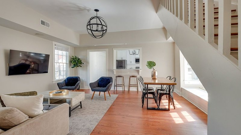 Cabretta Cottage in Savannah's Starland District, holiday rental in Georgetown