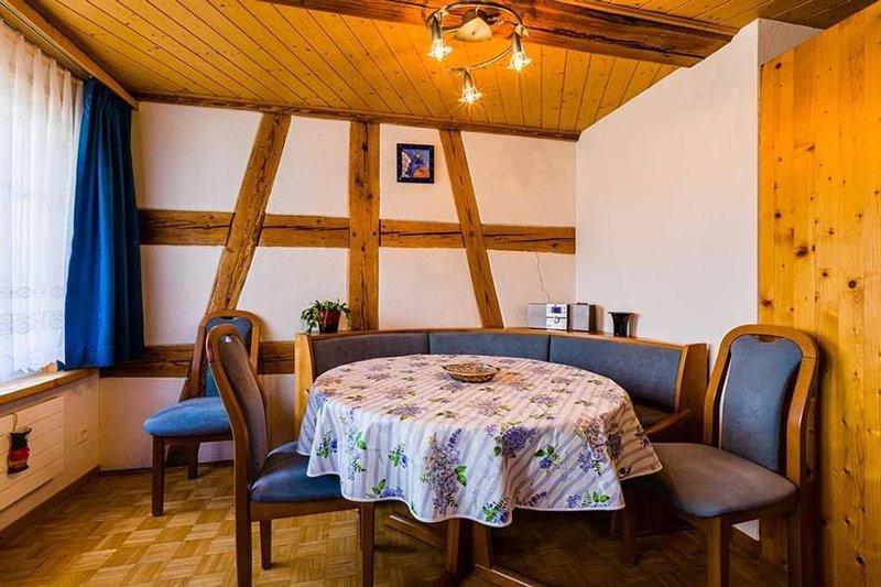 Ferienwohnung Hohentannen für 5 - 6 Personen mit 3 Schlafzimmern - Mehrstöckige, Ferienwohnung in Kanton Thurgau