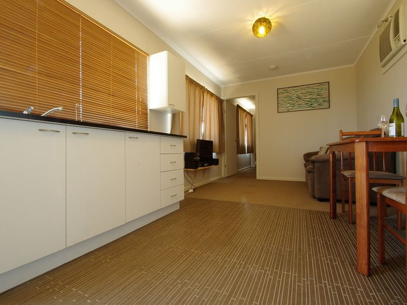 Private Beach Cottage, holiday rental in Greenough