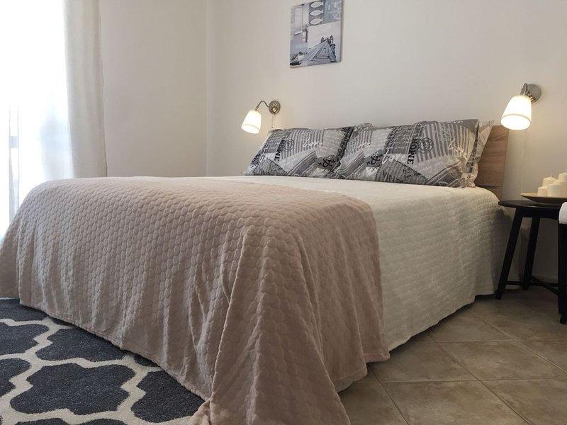 Stella dei Venti Tramontana (con veranda) - Relax a 5 minuti da San Vito Lo Capo, holiday rental in Castelluzzo