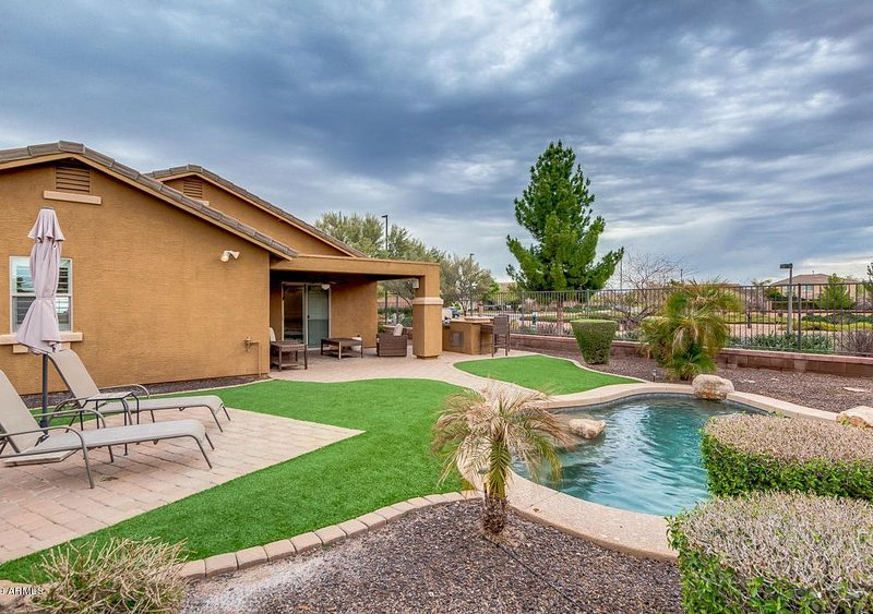 Executive rental 30 Day Minimum, holiday rental in Chandler Heights