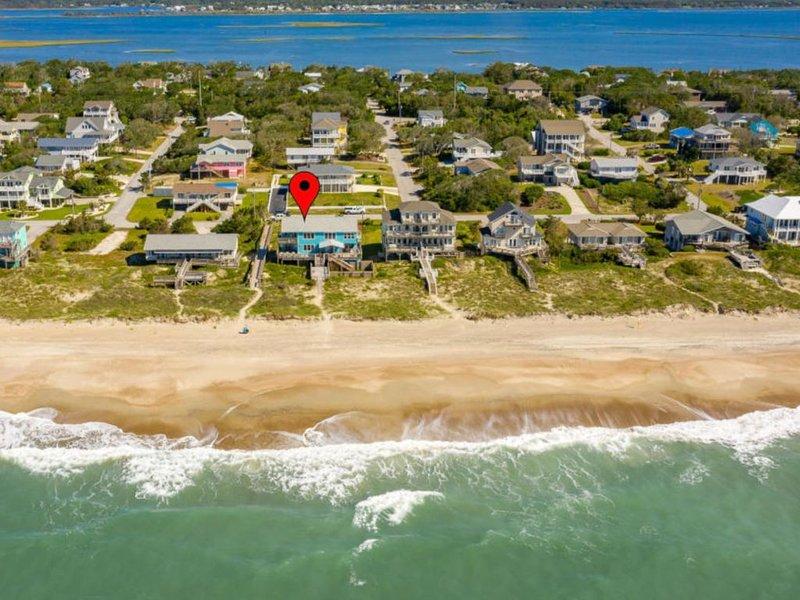 Oceanfront Duplex with beautiful Emerald Isle Panoramic Views, alquiler de vacaciones en Emerald Isle