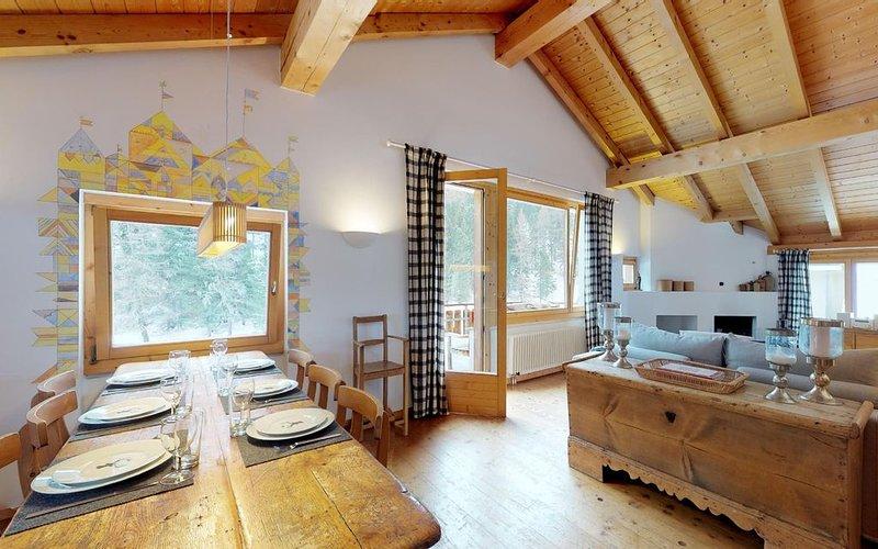 Rustikale, gemütliche Dachwohnung an idyllischer Lage in St. Moritz-Bad, alquiler vacacional en Grisons