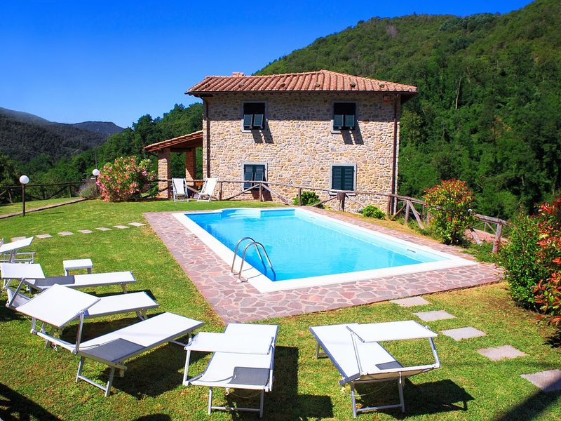 Luxury Home with Private Gym || Villa Gabrielli, holiday rental in Bagni di Lucca