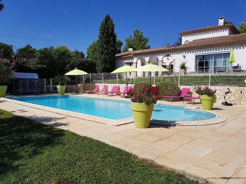 Maison avec piscine proche de la mer, holiday rental in Beziers
