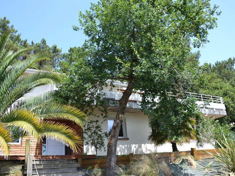 Villa d'architecte, 8 personnes, 140 M2, quartier calme, location de vacances à Labenne