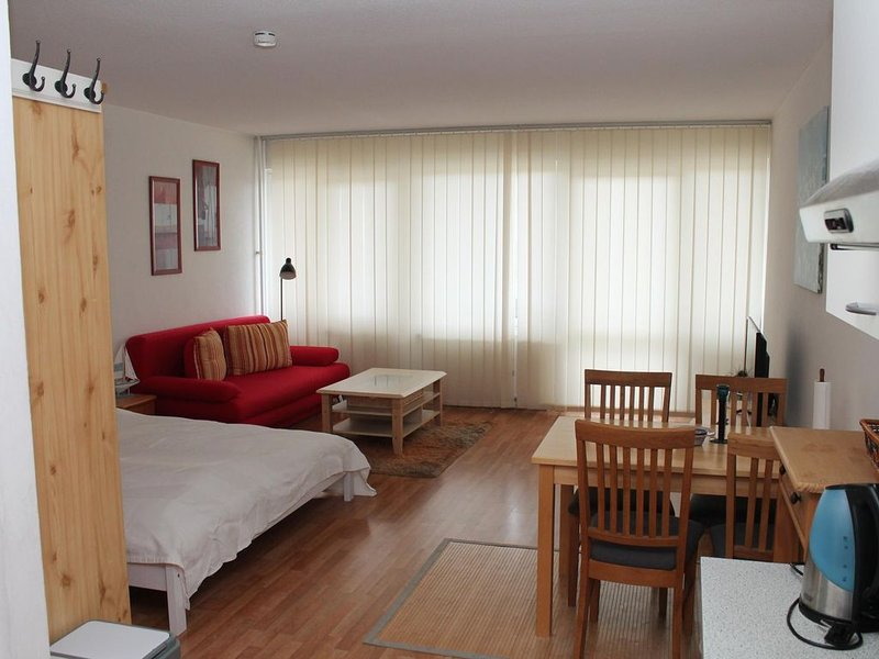 Ferienappartement K315  für 2-4 Personen in Strandnähe, holiday rental in Schoenberg