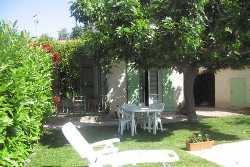Pour nos vacances, allons visitez la Provence !, vacation rental in Saint Andiol