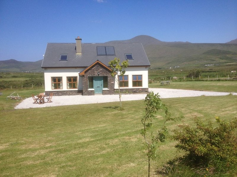 Dingle Co Kerry  holiday cottage, holiday rental in Cloghane