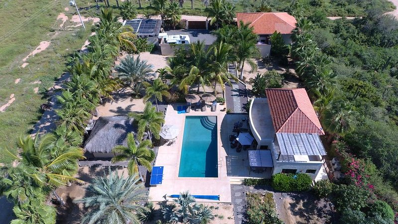 Private Tropical Oasis with Saltwater Pool, Lush Gardens, Minutes to Beach, vacation rental in El Pescadero