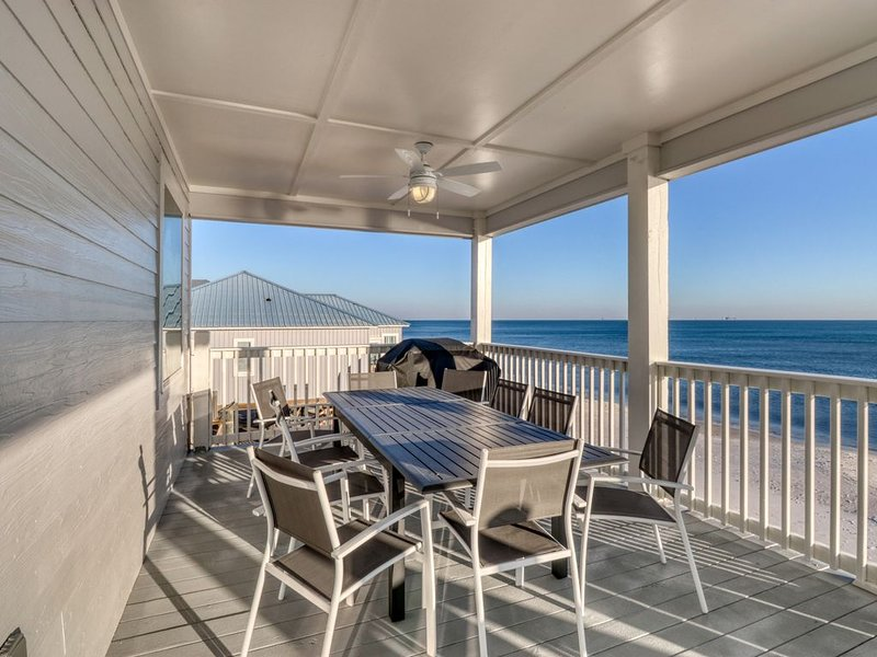 Dog friendly, beach front home w/ stunning views, gas grill, and elevator!, holiday rental in Coden