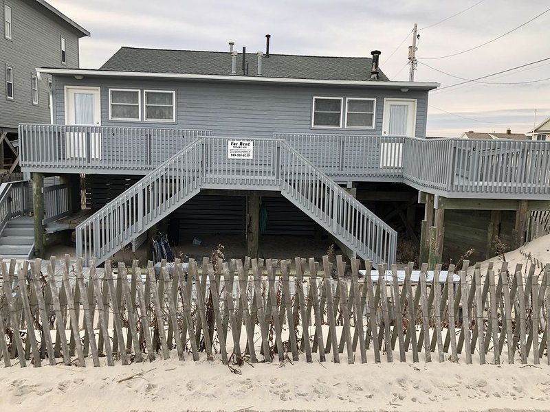 Oceanfront Oceanview Duplex on the Boardwalk (2 Units available), holiday rental in Lavallette