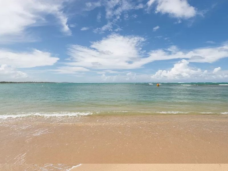 FABULOUS BEACH PROPERTY!, vacation rental in Dorado