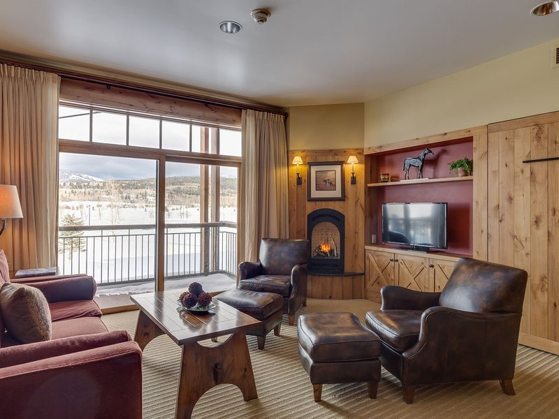 Spacious 1,200 sq ft suite within Teton Springs Lodge includes Resort Amenities, holiday rental in Swan Valley