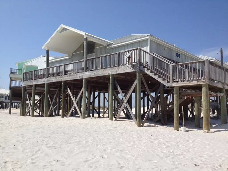 BEACHES OPEN 5 Bedroom, 5 Bathroom Gulf Beach Front Home, holiday rental in Coden