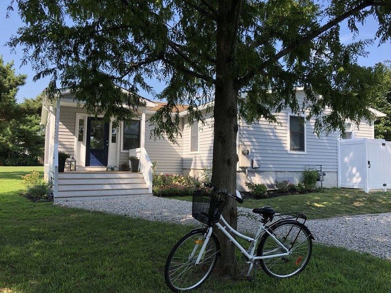 Bright, Airy 3BR on 2 acres-West Cape May, holiday rental in Erma