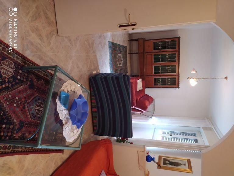 Posto splendido per le vostre vacanze, con mare a circa mezz'ora di macchina., holiday rental in Monti