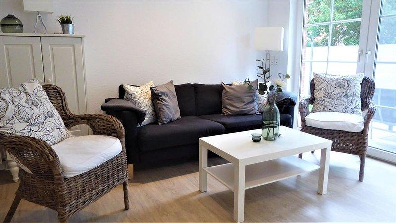Haus Christiana, Danksteder Str. 16D, 70qm, holiday rental in Zetel