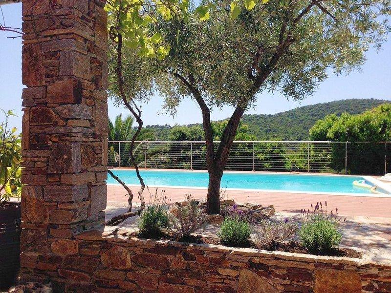 Villa Carole-In Cavalaire Sur Mer, Nr St Tropez, Cote D'Azur, France, holiday rental in Cavalaire-Sur-Mer