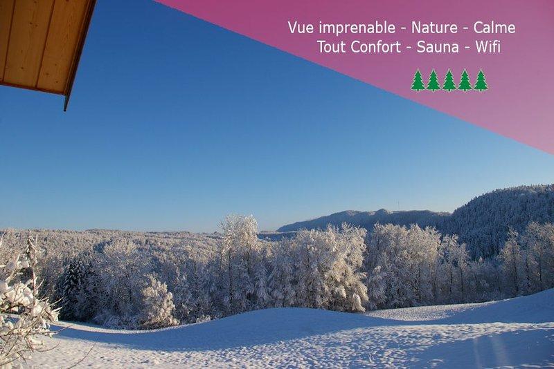 gite du Haut Jura tout confort vue exceptionnelle à 180 ° sur le Parc Naturel, location de vacances à Lac des Rouges Truites