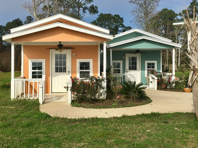 Waterfront Bungalows - 'Treasures Await', vacation rental in Point Clear