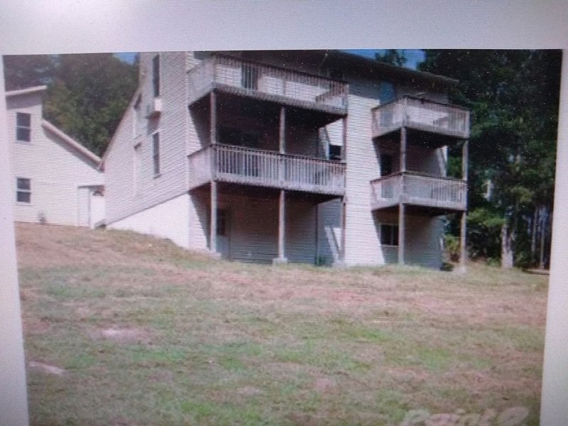 Fishing, Boating, Golf , Hunting - perfect getaway. Near Augusta for Masters, casa vacanza a Lincolnton