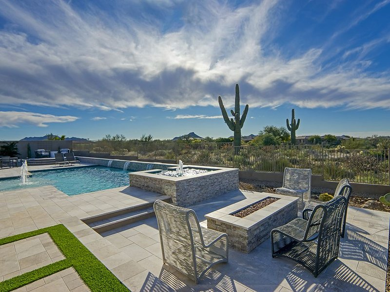 Perfect Scottsdale Resort Home with Privacy & a View!, vacation rental in Carefree