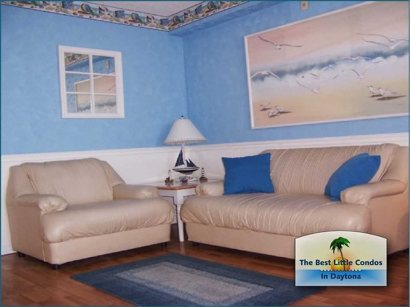 DIRECT OCEANFRONT WITH SPECTACULAR VIEW FROM TOP FLOOR - CHECK OUR LAST MINUTE S, holiday rental in Daytona Beach