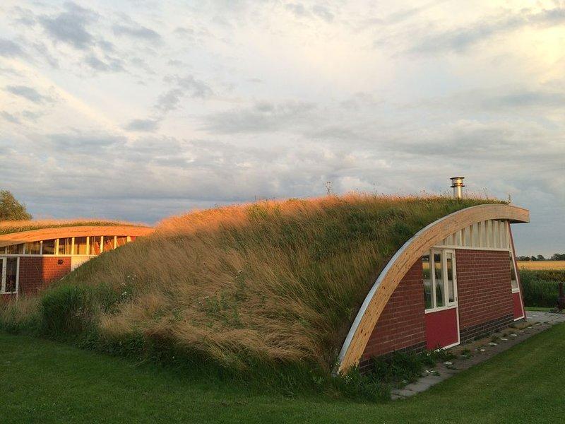 Slapen onder een grasdak aan het Reitdiep in Groningen, casa vacanza a Lettelbert