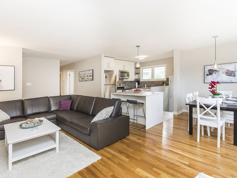 KASHY HOMES - Stylish single home near downtown, vacation rental in Cumberland