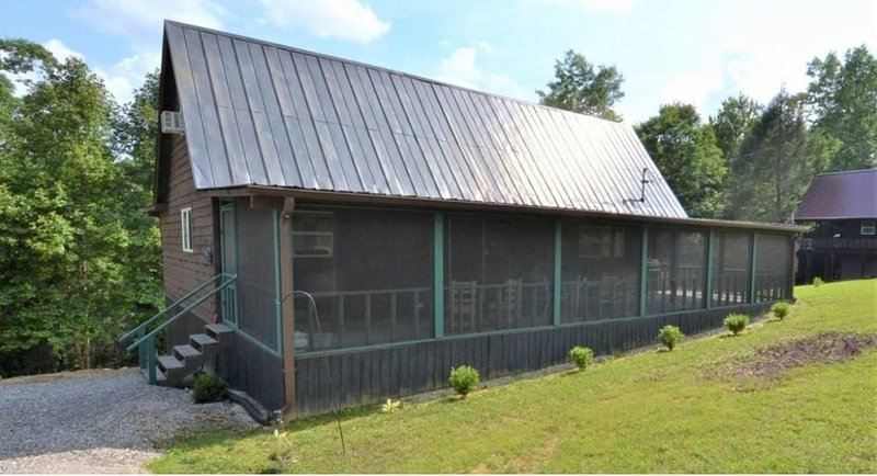 The Cave Run Lake Cabin, holiday rental in Frenchburg