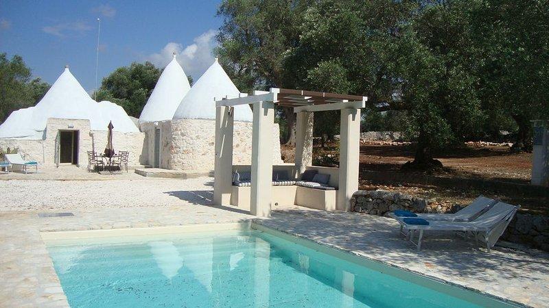 TrulliPesca - Charming '16 Restoration - 2 BD / 2 BA - Private Pool - Free Wifi, alquiler de vacaciones en Certosa