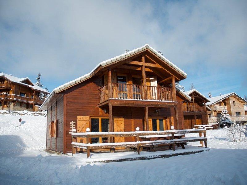 Chalet en bois tout confort,  idéal pour toute la famille !, alquiler de vacaciones en Le Devoluy