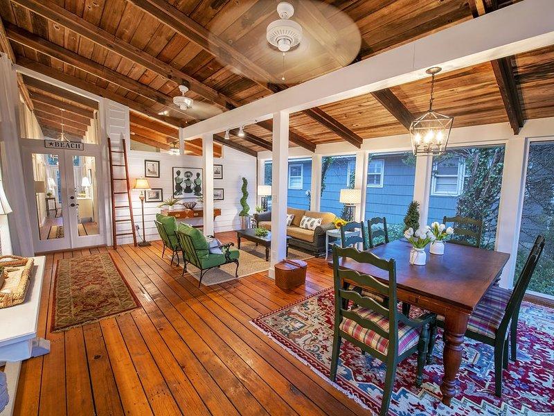Stunning California-style cottage, 2 minute walk to beach!!, alquiler de vacaciones en Dewey Beach