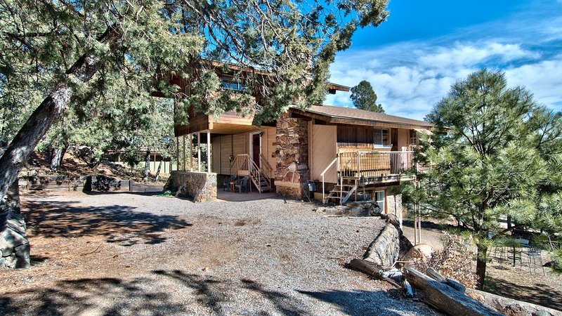 Spacious House nestled in Ruidoso Pines, vacation rental in Ruidoso