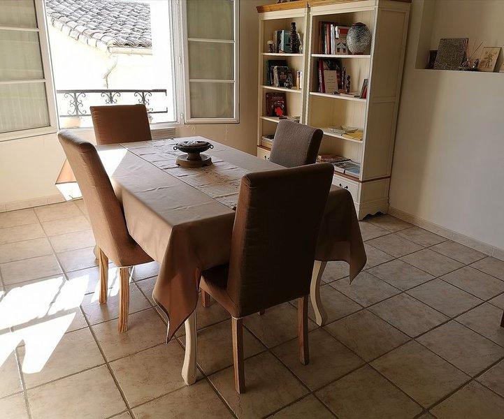 Appartement de Caractère au cœur de la Provence, holiday rental in Aubignan