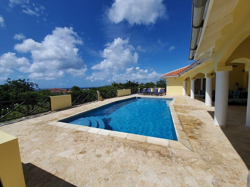 Private Family Paradise Villa Ocean View With Private Pool, location de vacances à Bonaire