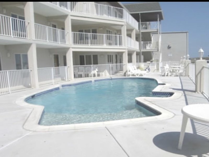 Avalon/Stone Harbor - Heart of 7 Mile Island, close to all!, holiday rental in Avalon