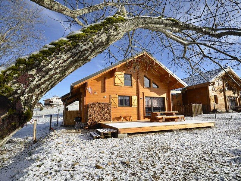 Chalet cosy et convivial - jusqu'à 6 personnes, location de vacances à Bellegarde-sur-Valserine
