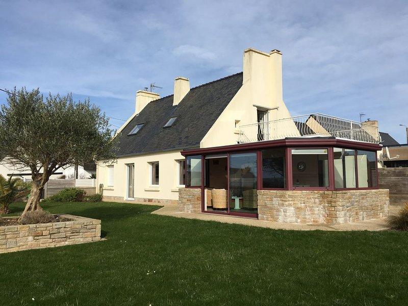 LC 64      Maison indépendante à 400m de la mer pour 7 personnes à Le Conquet, holiday rental in Trebabu