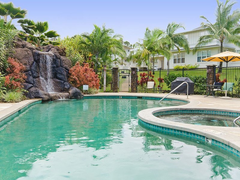 Bright Spacious Well Appointed 3BR, 3BA Condo, vacation rental in Princeville