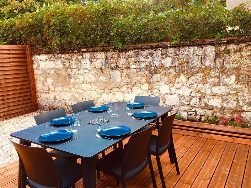 Logement cosy avec terrasse proche Zoo de Beauval, vacation rental in Chatillon-sur-Cher