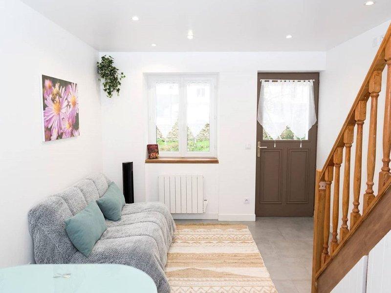 Superbe maison neuve avec grand jardin fleuri, 4 personnes, à 6mn de Disneyland, location de vacances à Bailly-Romainvilliers
