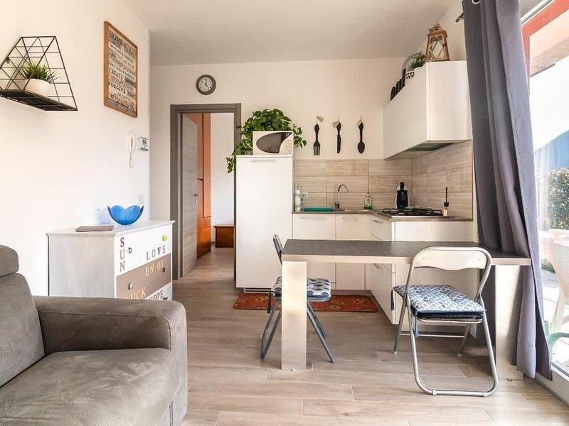 Ferienwohnung Carlazzo für 2 - 4 Personen mit 1 Schlafzimmer - Ferienwohnung, holiday rental in Province of Como