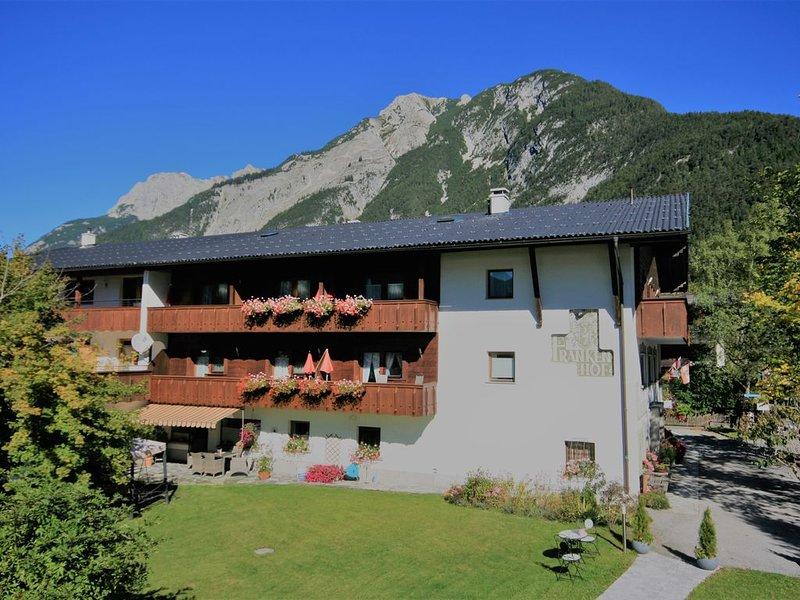 Apartment 1 SZ , Sauna, Frühstück optional, aluguéis de temporada em Mittenwald