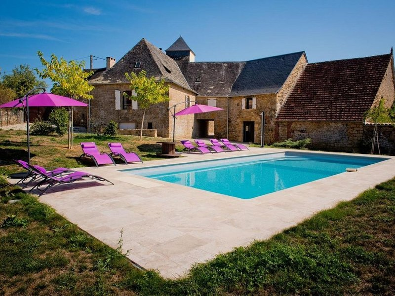 Gîte de charme 8 personnes...................................................., holiday rental in Cressensac