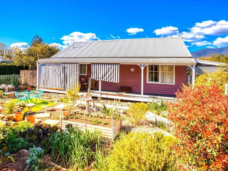 Mountain View Cottage, vacation rental in Tawonga South
