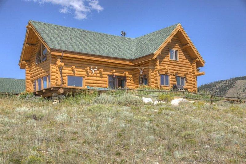 *Beautiful Log Cabin*, location de vacances à Centennial
